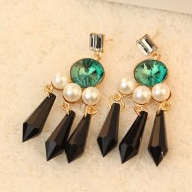 Элитные серьги с большими зелёными кристаллами