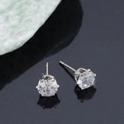 Серьги гвоздики маленькие с кристалом Swarovski